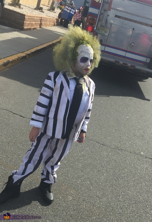 Hanging in the streets, Beetlejuice Costume