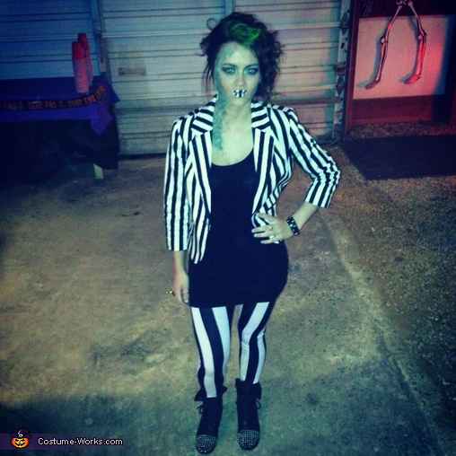 Female Beetlejuice Costume DIY
