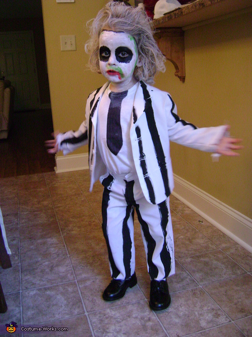 Beetlejuice Costume For A Boy