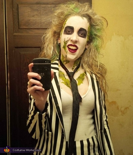 Beetlejuice selfie, Beetlejuice Group Costume