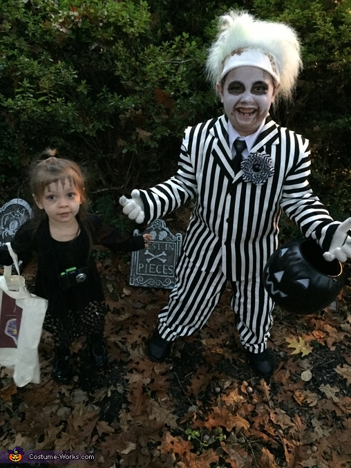 Beetlejuice and Lydia, Beetlejuice Family Costume