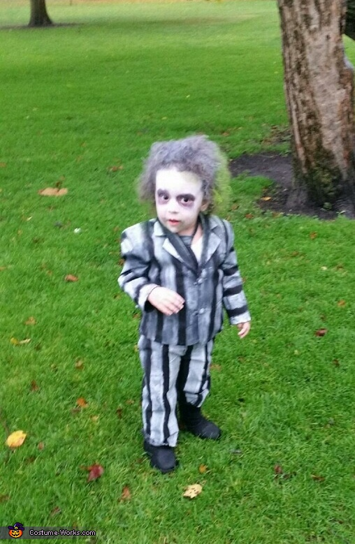 Beatlejuice out and about, Beetlejuice Costume