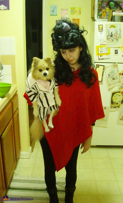 Beetlejuice and Lydia Costume - Homemade costumes for pets
