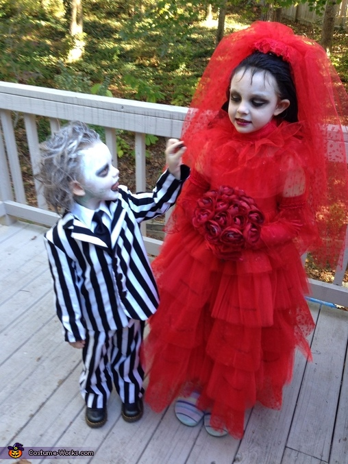 Beetlejuice!!, Beetlejuice and Lydia Costume