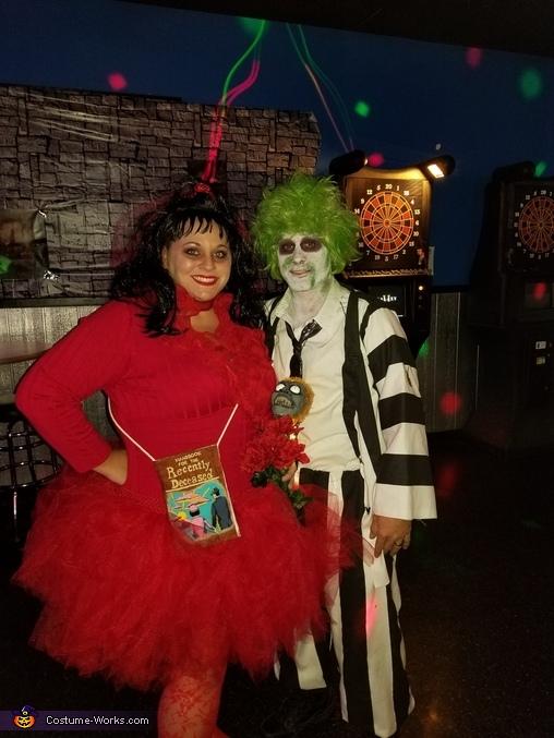 Beetlejuice And Lydia Deetz Costume Unique Diy Costumes Photo 6 7