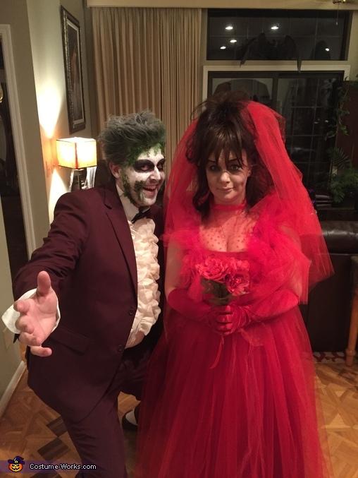 Close up, Beetlejuice & Lydia Costume