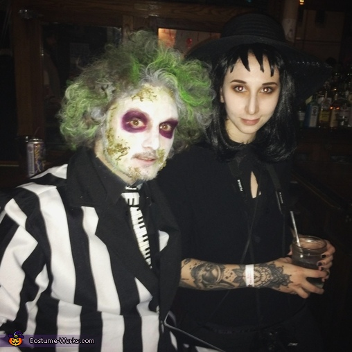 Couple S Beetlejuice Lydia Costume Coolest Diy Costumes