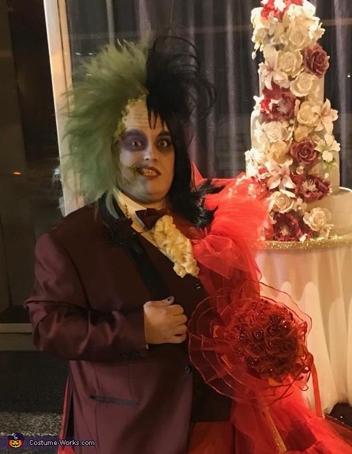 Beetlejuice & Lydia Deetz Costume - Photo 5/5