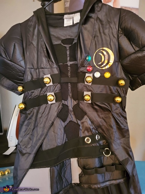 Some more costume enhancements. Used glue gun., Beldar Conehead Costume