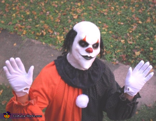 BERSERKO the Killer Clown Costume