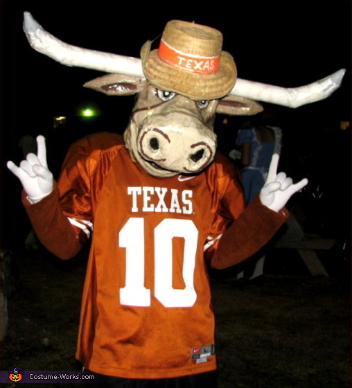 Texas Longhorn Bevo - Homemade costumes for men