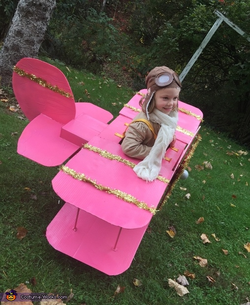 Side View, Bi-Plane Costume