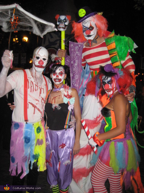 with fam...more maniac clowns, Big Berzerk and Lil' Bitty Clown Costume