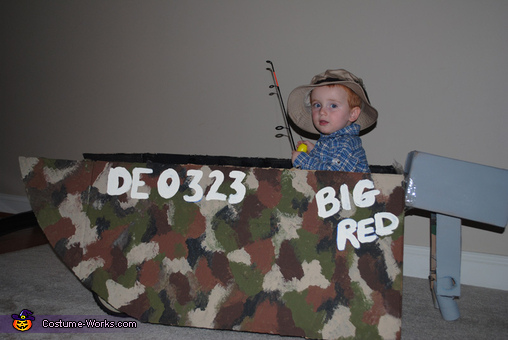 Logan's boat , Big Red Fisherman Costume