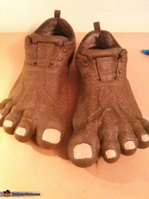 Owenu0027s bigfoot feet Bigfoot Costume & Homemade Bigfoot Costume - Photo 3/5
