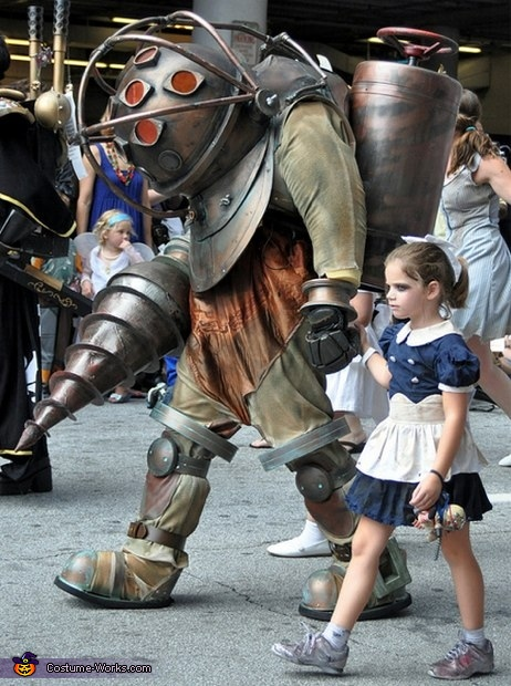 Bioshock Big Daddy and Little Sisters Costume