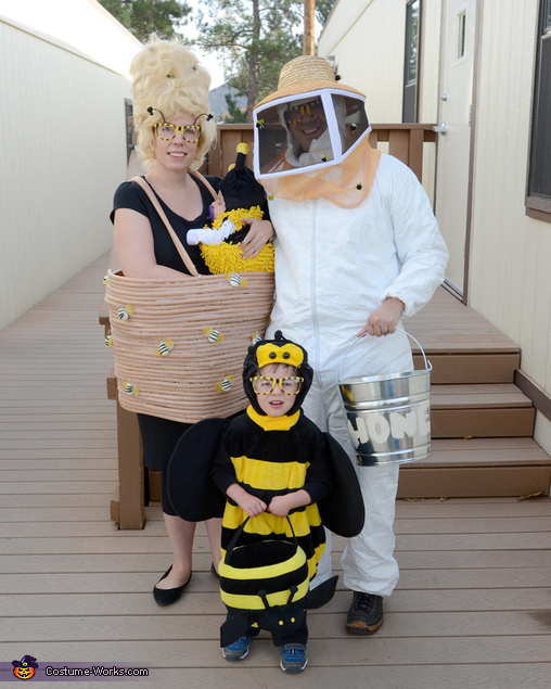 Bit-O-Honey Family Homemade Costume