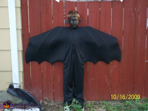 The Bats son - Bat jr., Black Bat Costume