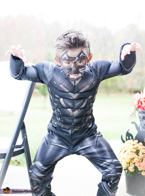 watch out!, Black Panther Costume