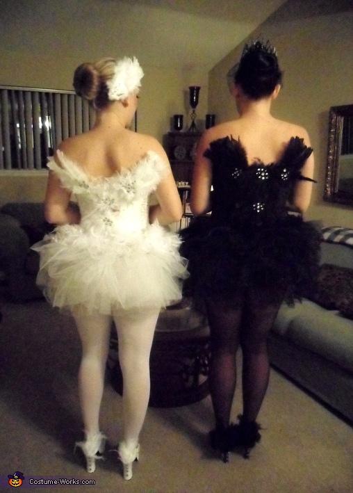 Black Swan & White Swan Costume