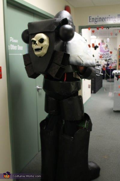 Back, Black Templar Costume