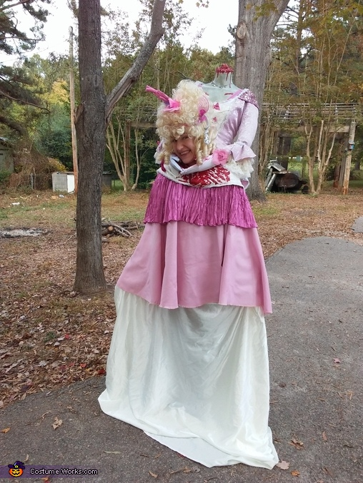 Bloody Headless Marie Antoinette Costume
