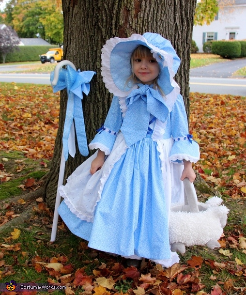 Holly Bo peep, Holly Bo Peep and Natalie, the Sheepie Costume