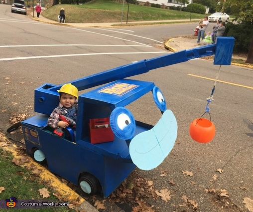 Bob the Builder and his Buddy Lofty Costume