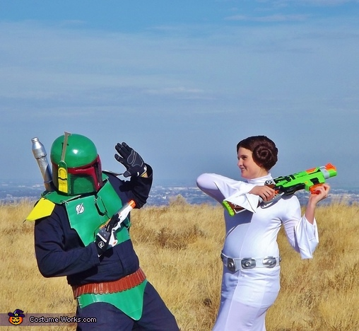 Princess Leia (Maddy) Showing Boba Fett (Jordan) Who's Boss, Boba Fett and Princess Leia Costume