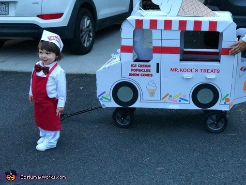 Bodie the Ice Cream Man Costume