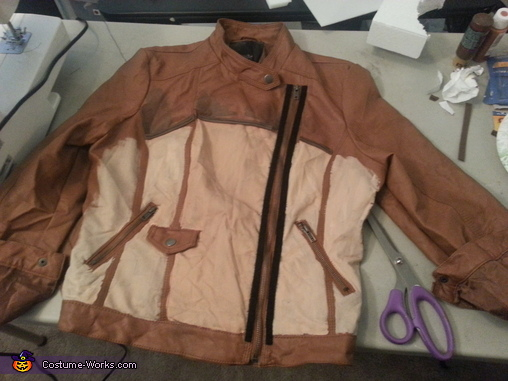 Started to paint the jacket, Borderlands 2 Axton Costume