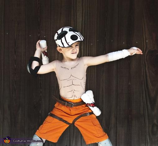 Attack!, Borderlands Suicide Psycho Midget Costume