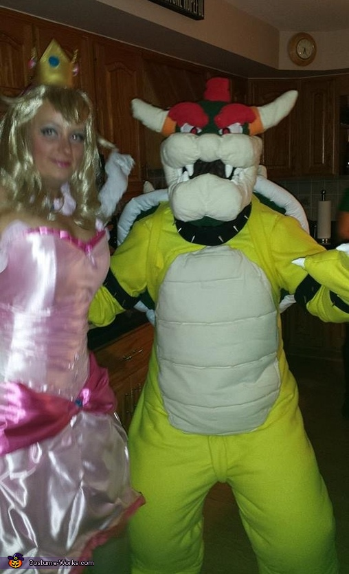 Bowser and Princess Peach, Bowser and Princess Peach Costume
