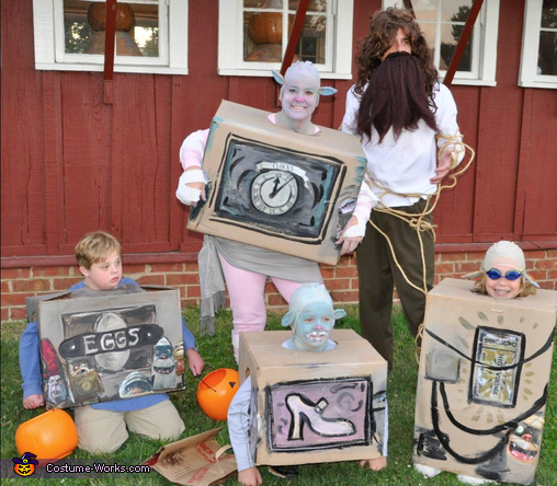 BOXTROLLS 5, Boxtrolls Group Costume