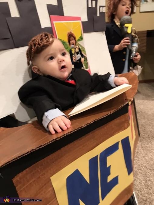 BREAKING NEWS: Baby's first Halloween Homemade Costume