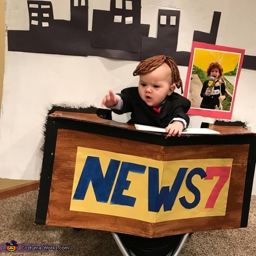 BREAKING NEWS: Baby's first Halloween Homemade Costume