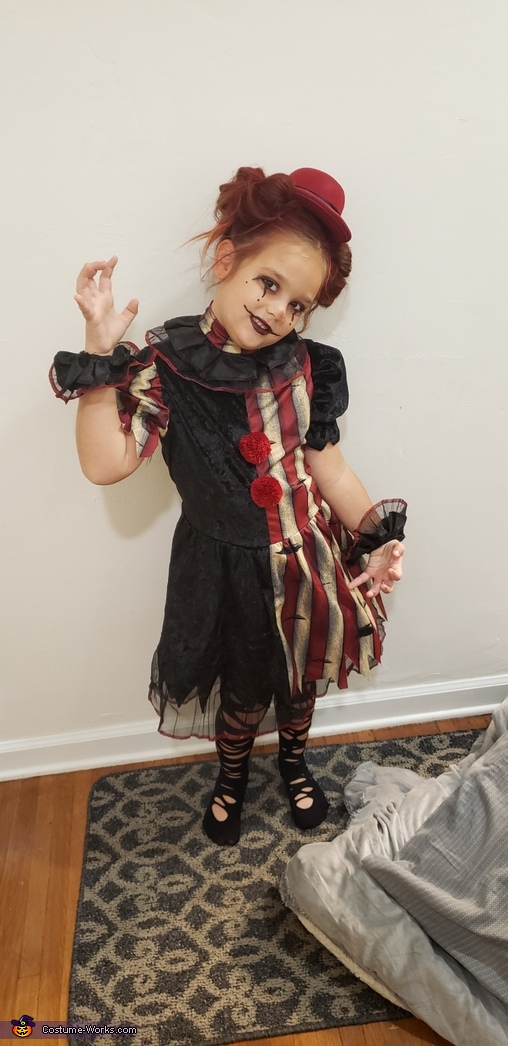 Clever clown, Broken Doll Costume