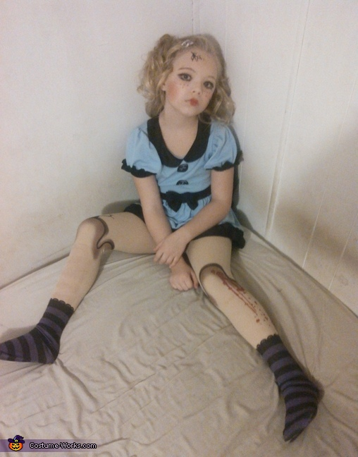 done playing with dolly, Broken Doll Costume