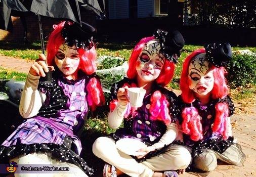 Broken Dolls, Broken Dolls Costume