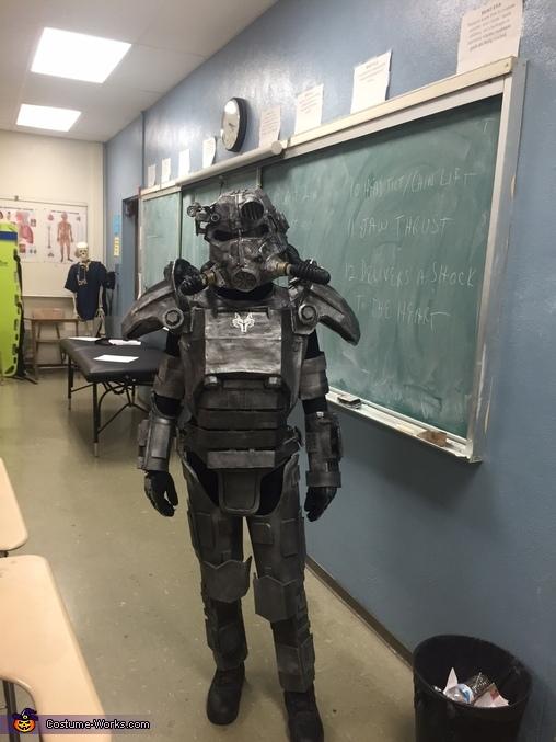 Knight, Brotherhood of Steel Knight Costume
