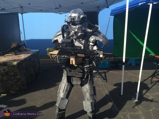 Heavy gunner, Brotherhood of Steel Knight Costume