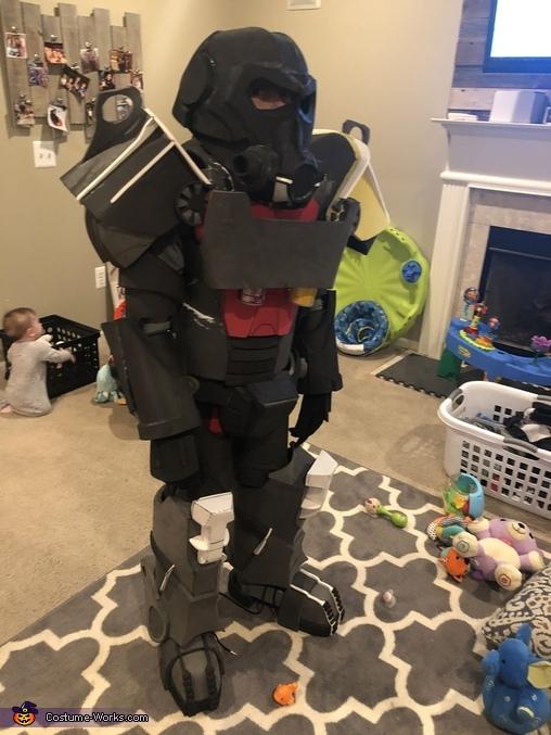 Final fit test, Brotherhood of Steel Power Armor Costume