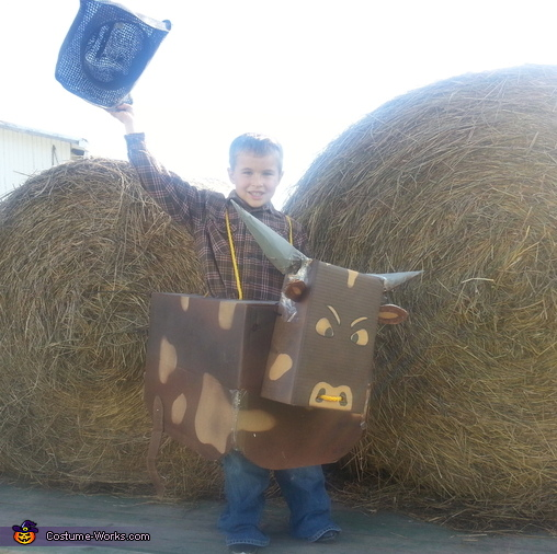 Howdy Partner!, Bucking Bull Costume