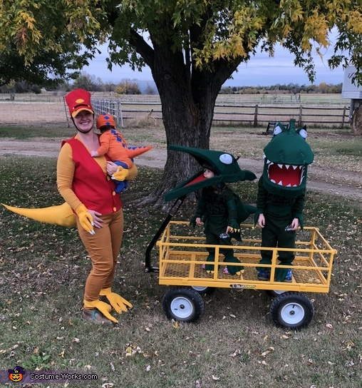 Dressed up with the whole family, Buddy the Baby T Rex from Dinosaur Train Costume