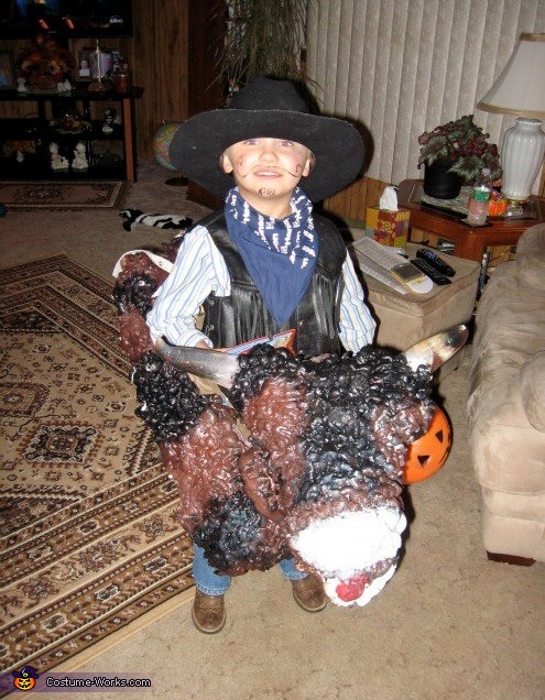how to make a bull costume