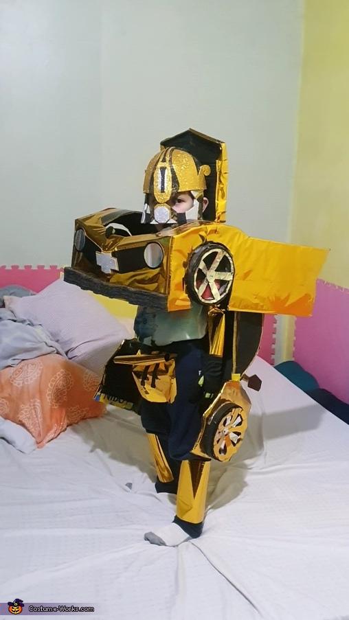 Bee Like It, Bumblebee Costume