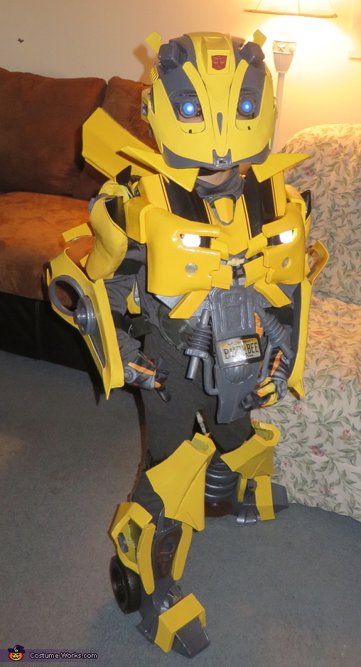 Bumblebee in action, Bumblebee Costume