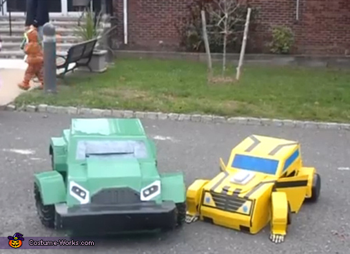 Bumblebee and Bulkhead in vehicle mode, Transformers Bumblebee and Bulkhead Costume