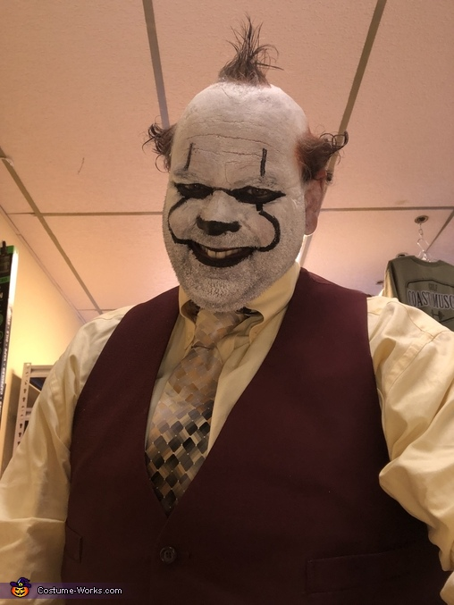 Happy clown?, Business Clown Costume