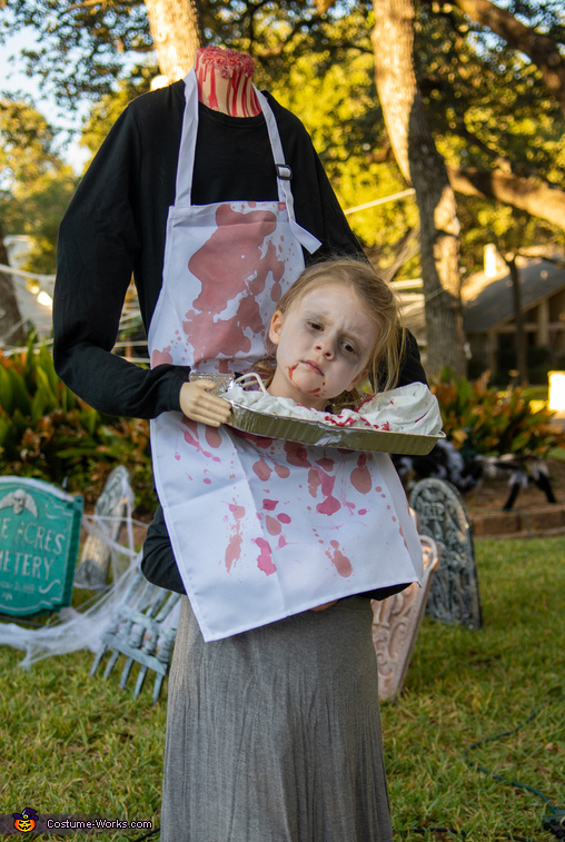 Headless butcher, Butcher Accident Gone Wrong Costume